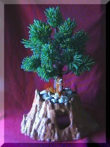 Плакучая ива нежное деревце с тонким с